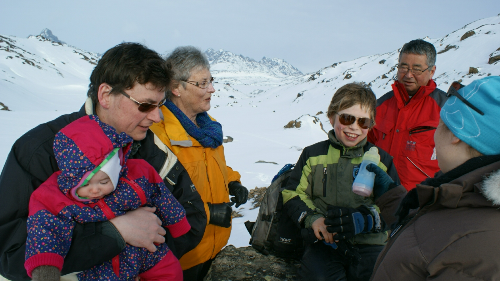 2009-04-06-1612_-_Qupanuk Eugenius Labansen; Ruth Labansen; Søren Labansen