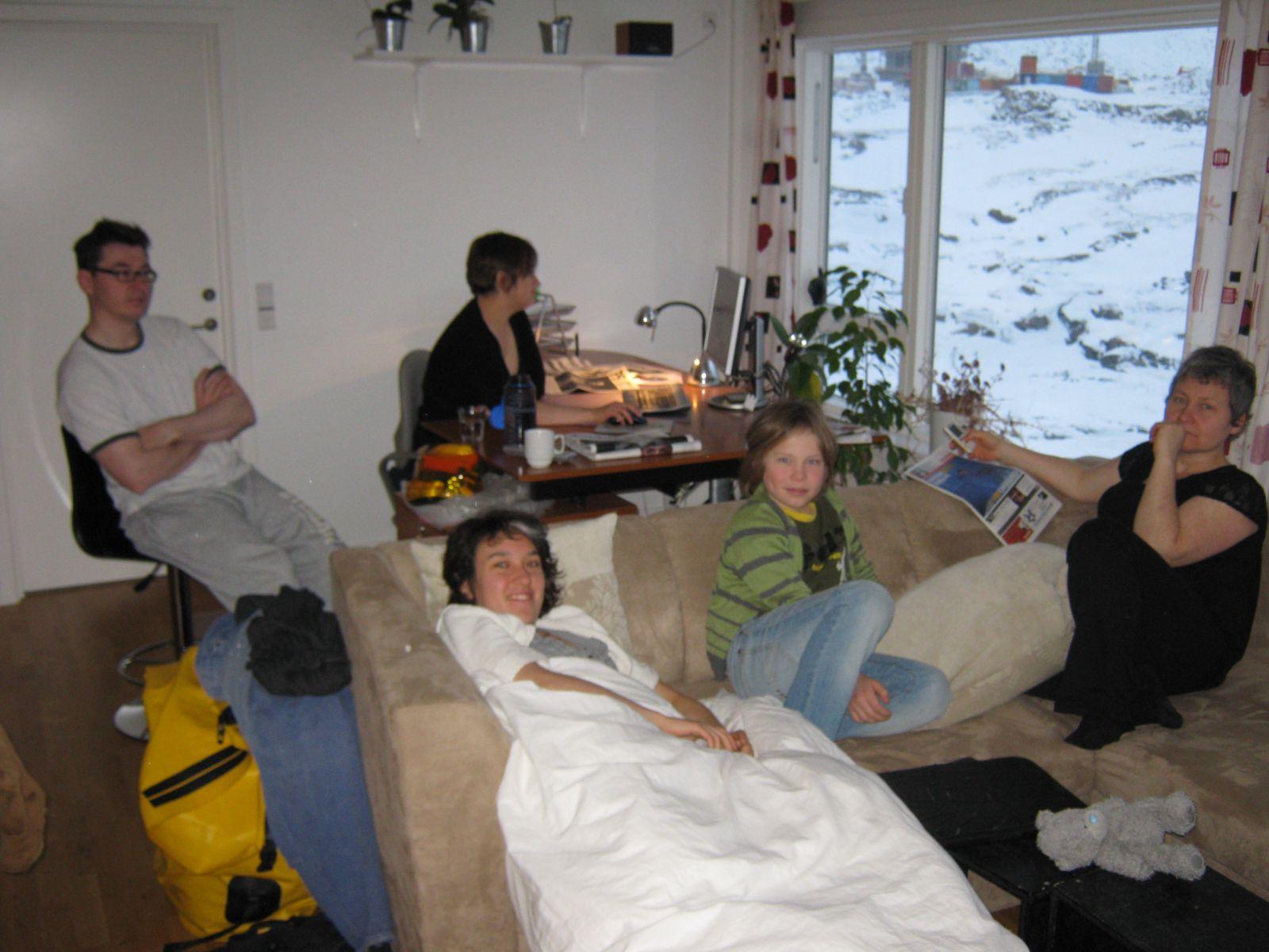 2009-11-07-0849_Ivalo Lynge Labansen; Jesper Eugenius Labansen; Maritha Eugenius Labansen; Mette Labansen; Rumle La