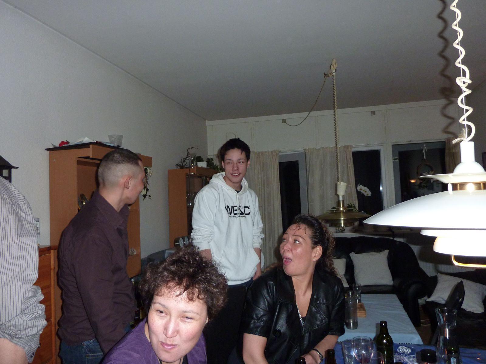 2010-03-14-0300_-_Diana Larsen; Peters_Kone