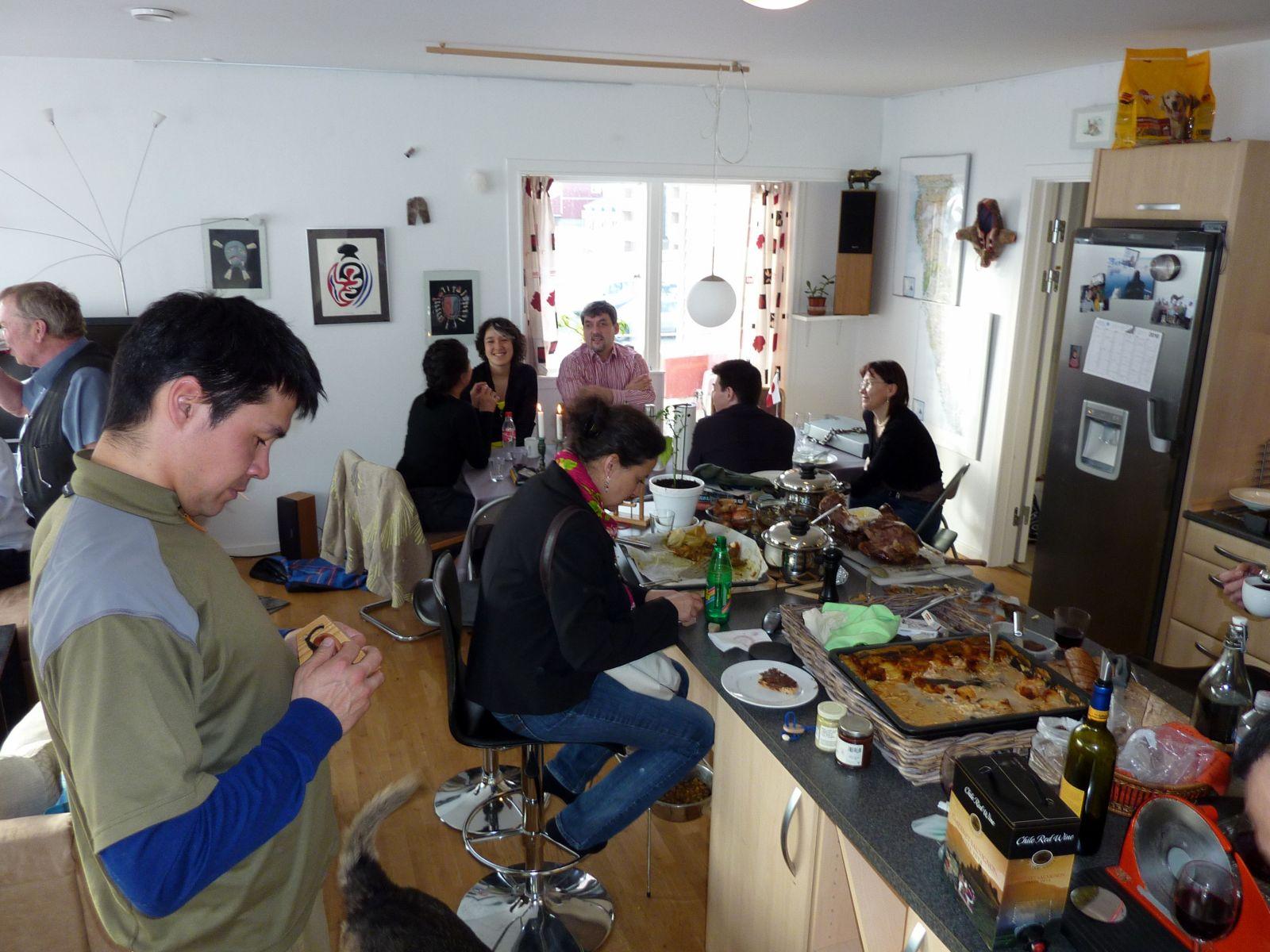 2010-04-05-1834_-_Ivalo Lynge Labansen; Janus; Jeanette Holding; John Telling; Martha Labansen; Nuka Klausen Telling;