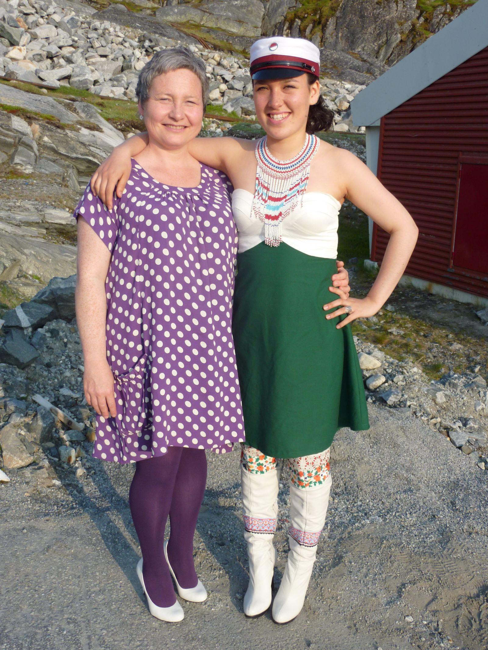 Dimissionsfest i Nuuk Mette Labansen og Ivalo Lynge Labansen