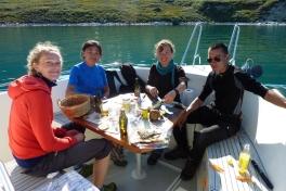 2010-08-06-1705_-_Aili Lage Labansen; Helene; Klaus Lage Labansen; Martha Labansen; Uummannaq