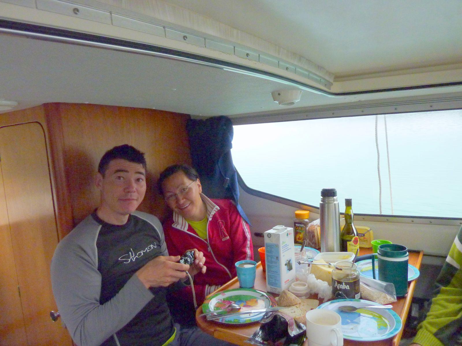2010-09-05-0953_-_John Telling; Nuka Klausen Telling