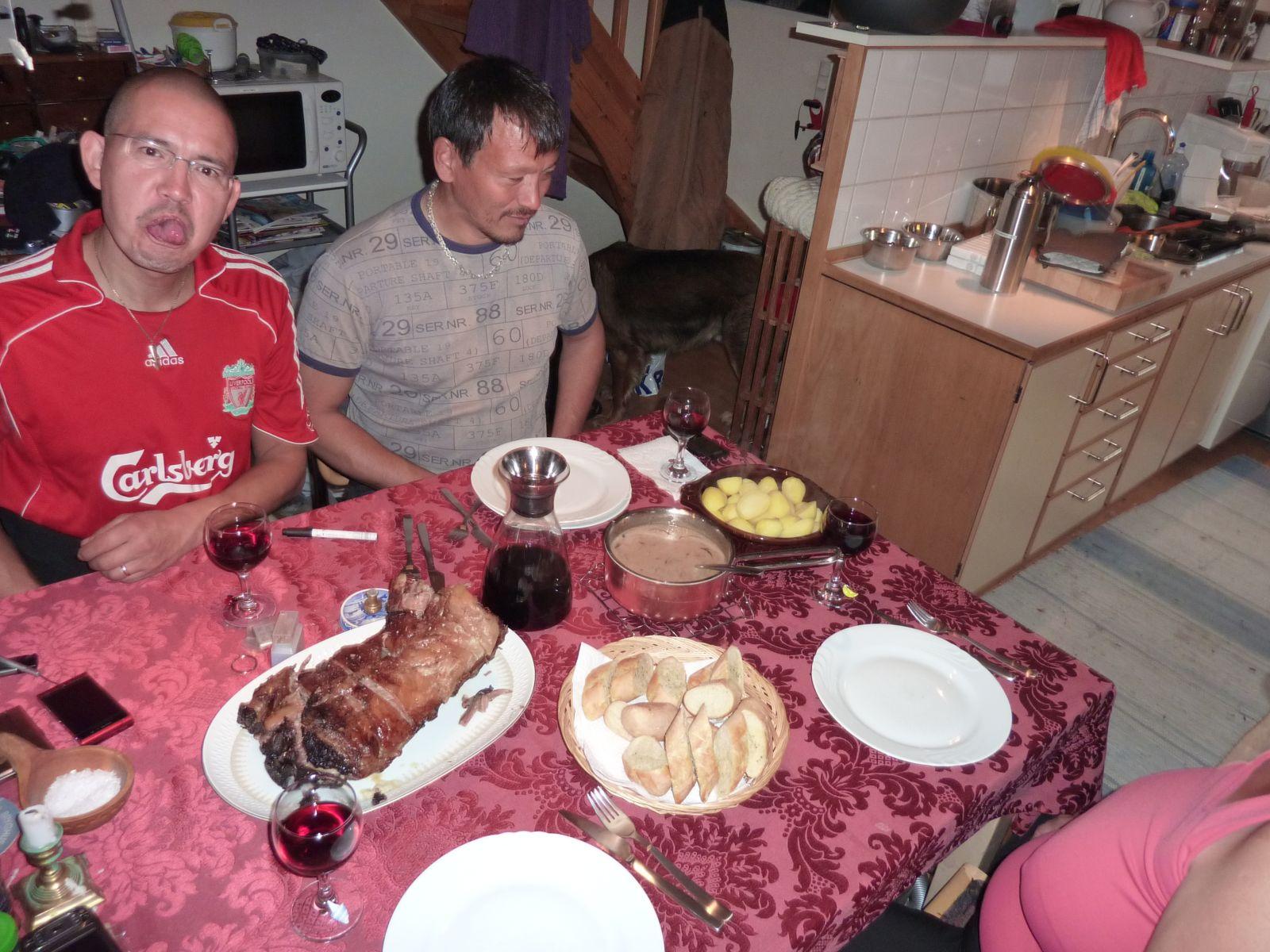2010-09-11-1913_-_Georg Mikkelsen Lennert; Mad; Palle Hjort Sandgreen; Palle Sandgreen