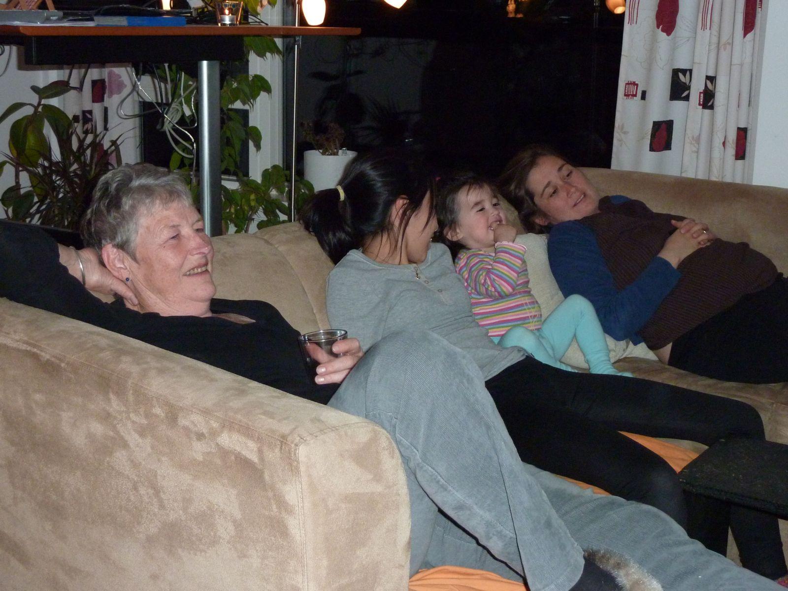 2010-10-07-1949_-_Arnannguaq Labansen; Maritha Eugenius Labansen; Qupanuk Eugenius Labansen; Ruth Labansen