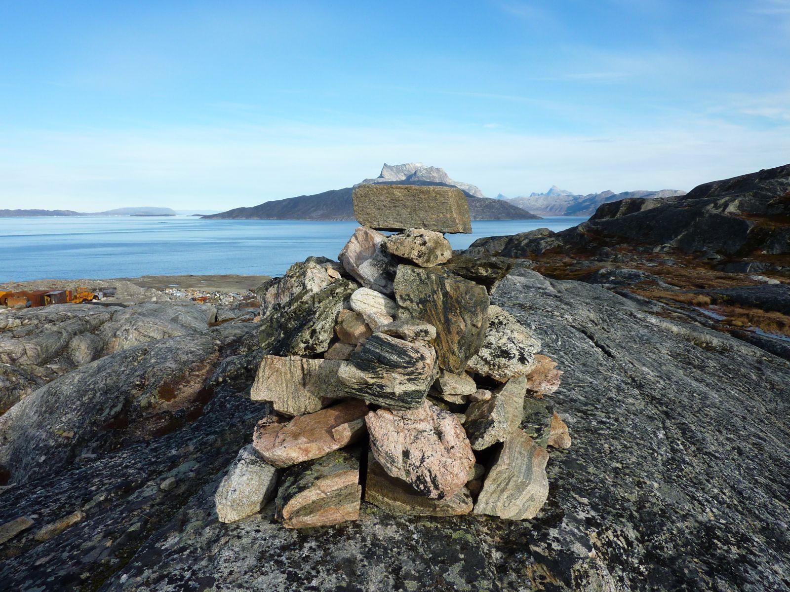 2010-10-12-1330_-_Sermitsiaq; Varde