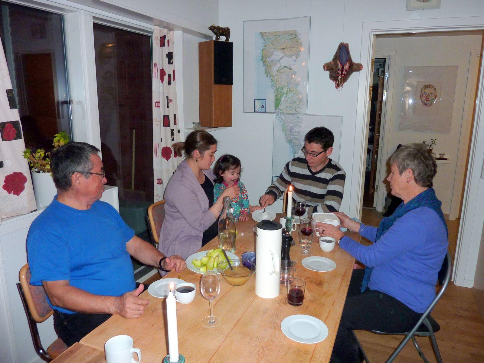 2010-10-18-1921_-_Jesper Eugenius Labansen; Jørgen Labansen; Maritha Eugenius Labansen; Qupanuk Eugenius Labansen; Ru