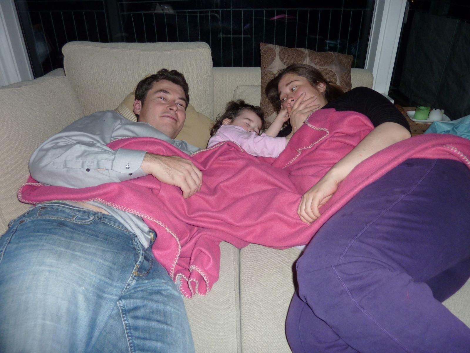 2010-11-26-2031_-_Jesper Eugenius Labansen; Maritha Eugenius Labansen; Qupanuk Eugenius Labansen_3