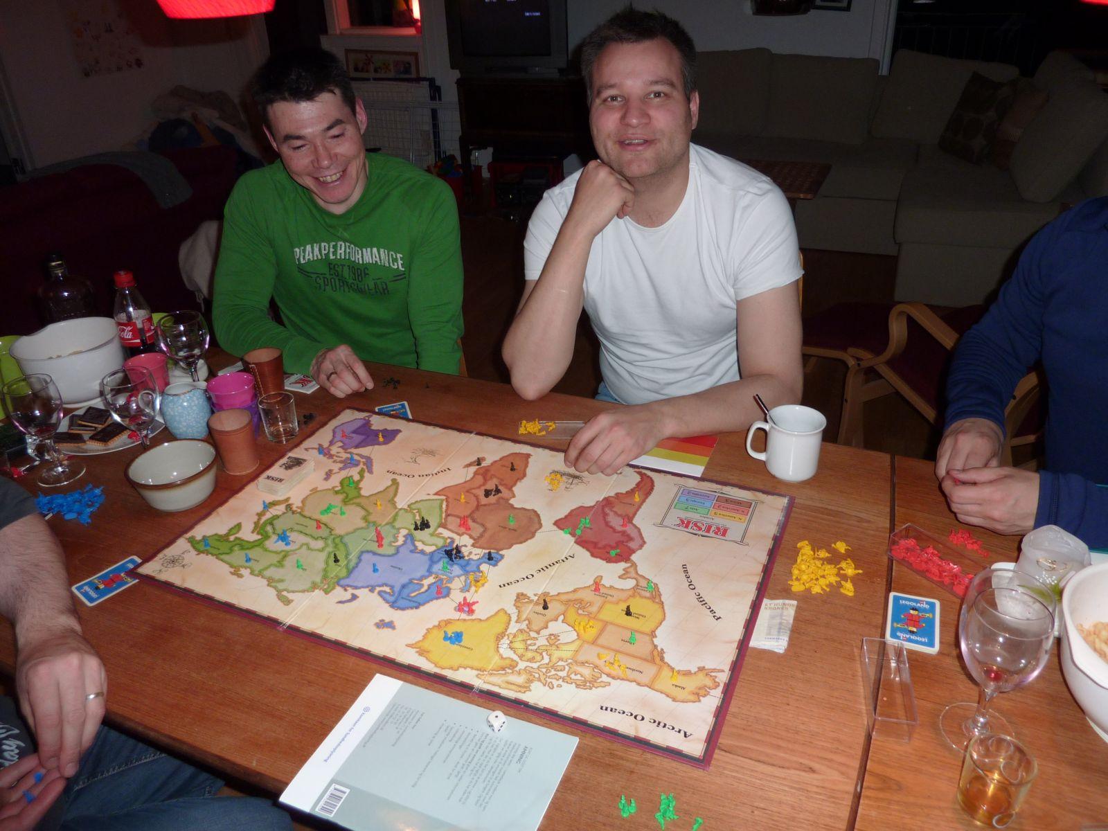 2010-11-27-2239_-_John Telling; Risk; Svend Sværd