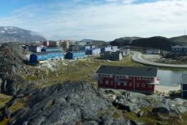 2010-06-06-1650_-_Panorama; Sermitsiaq
