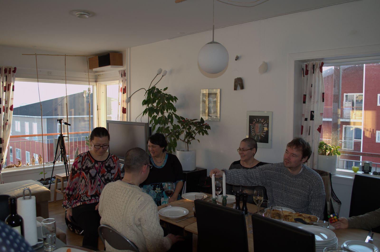 2014-04-05-1946_-_Gode_1_Maren-Mikkelsen-Lennert_Morten-Peter-Skipper-Jensen_Nuka-Klausen-Telling_Palle-Hjort-San