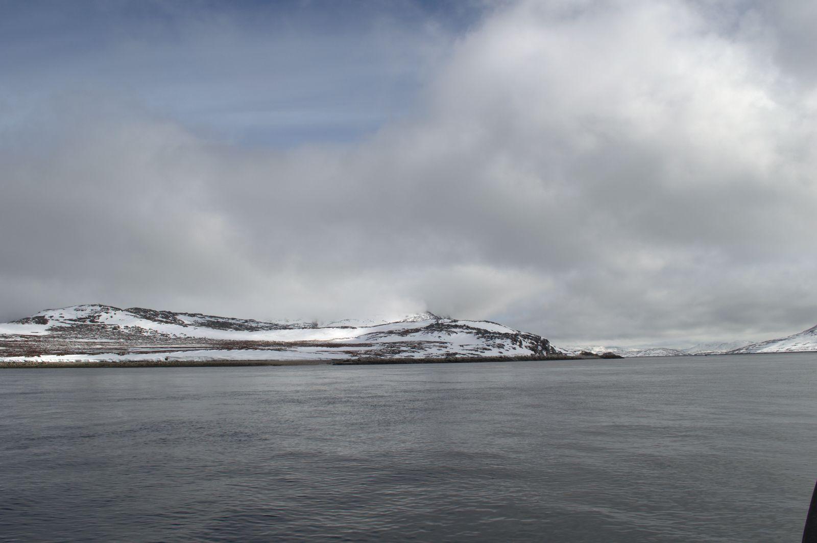 2014-05-16-1543_-_Gode_1_Timelapse-Nuuk-Buksefjord