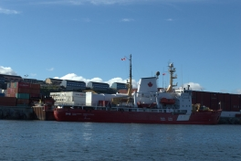 2014-07-06-1816_Canada-Coast-Guard_Gode_1_Skib
