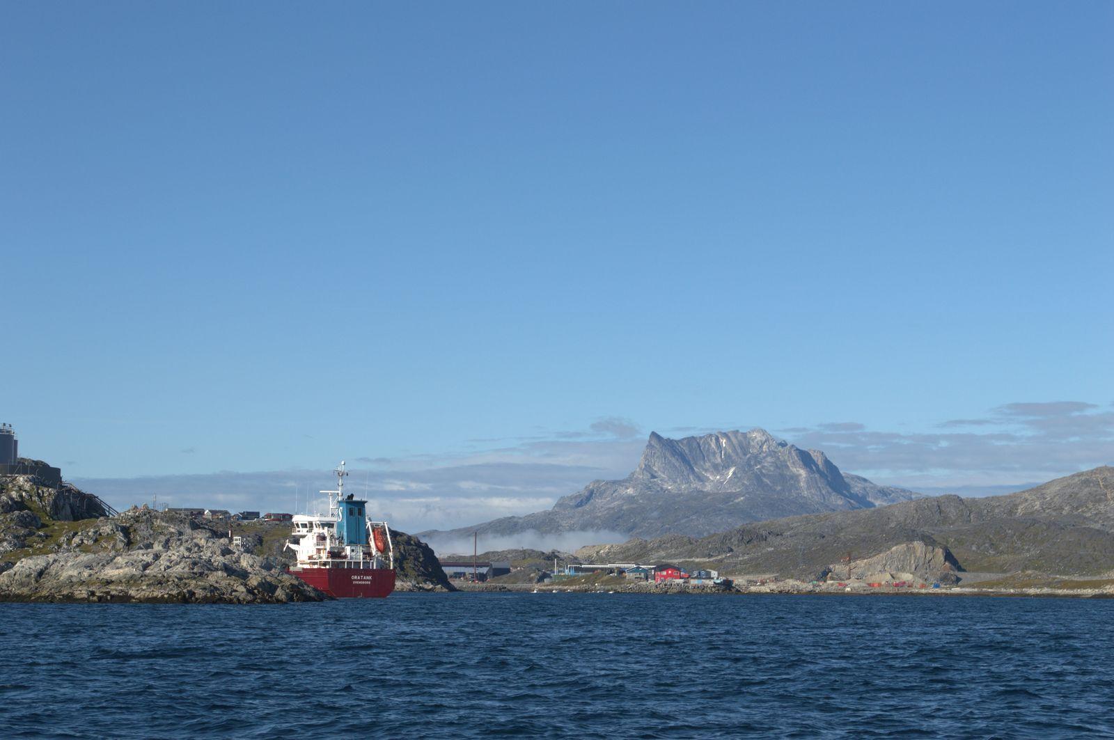 2014-08-02-1826_-_Sermitsiaq
