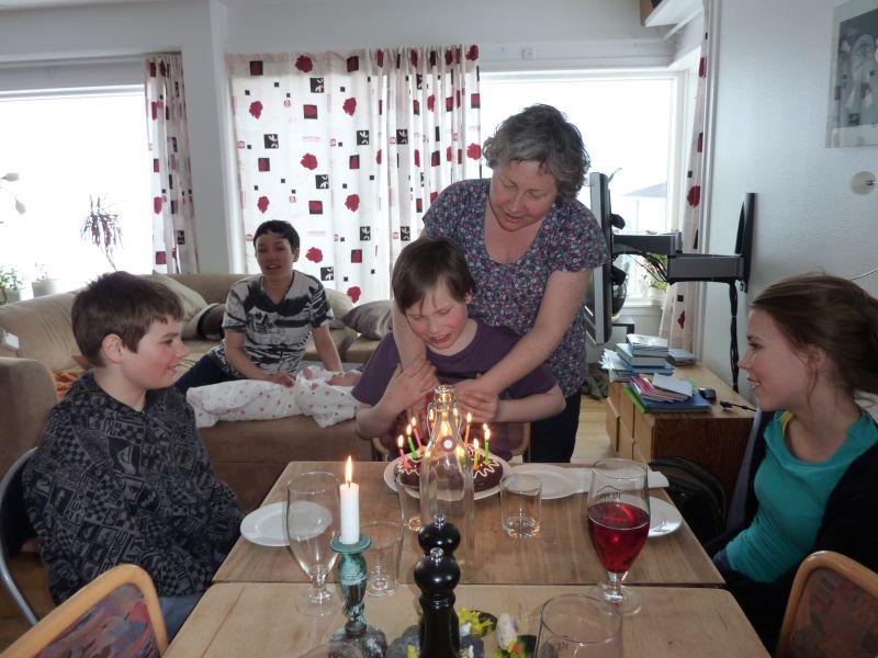 2011-04-27-1856_ivalo_lynge_labansen_mette_labansen_rosalia_stenbakken_rumle_labansen_sean_ukaleq_eugenius_lab