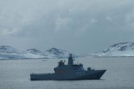 2011-04-07-1203_inspektionsskib
