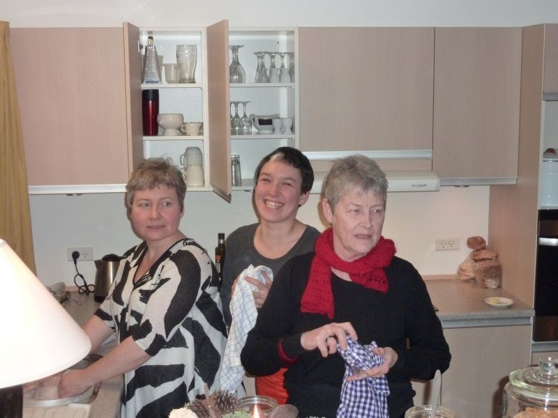 2011-12-23-2027_-_ivalo_lynge_labansen_mette_labansen_ruth_labansen_2