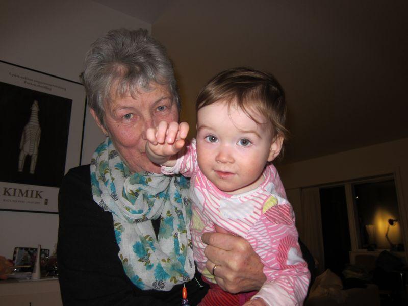 2012-01-06-2325_-_ruth_labansen_ukaleq_eugenius_labansen