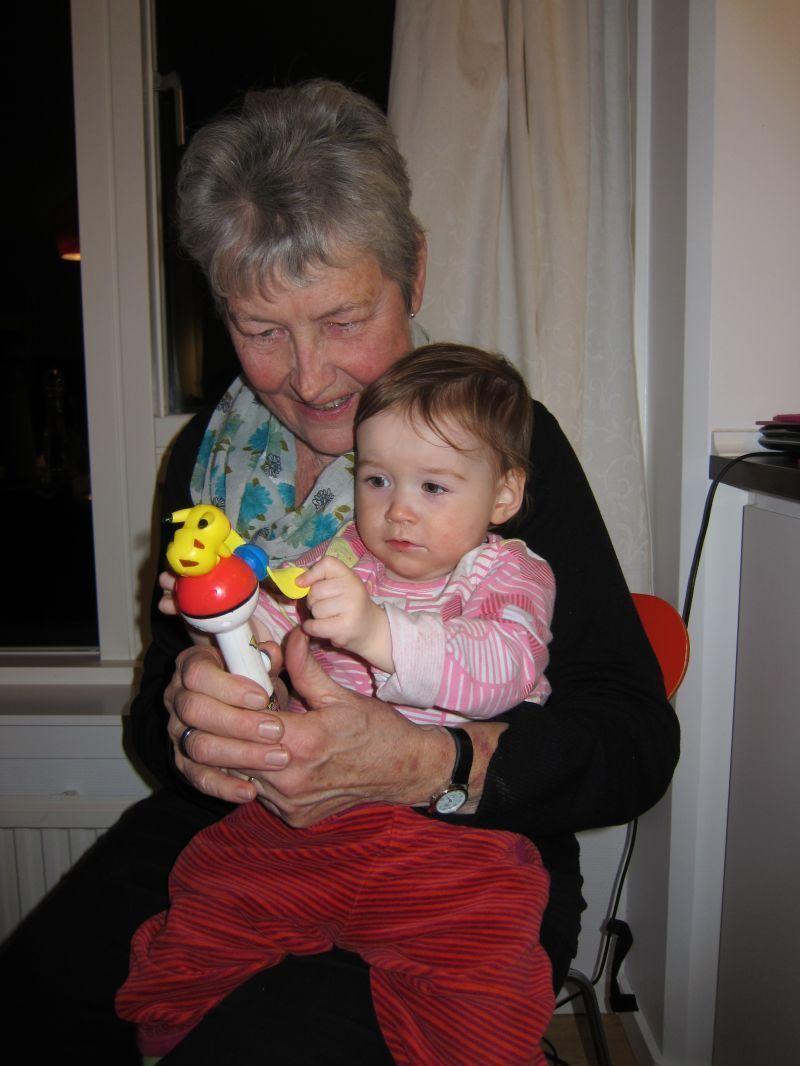 2012-01-06-2326_-_ruth_labansen_ukaleq_eugenius_labansen_2