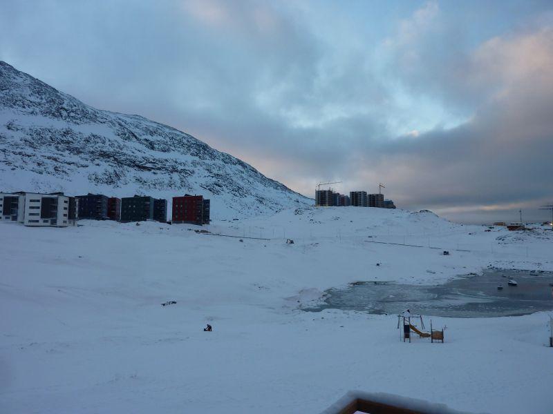 2012-01-29-1115_-_udsigt_fra_altan