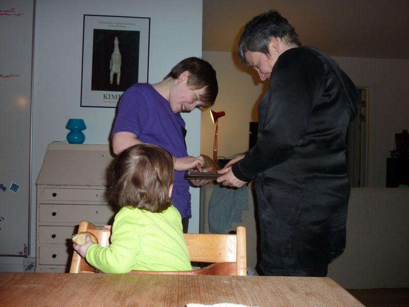 2012-03-14-2053_-_mette_labansen_rumle_labansen_ukaleq_eugenius_labansen