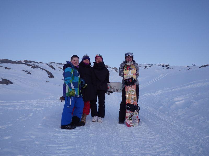 2012-12-27-1825_-_ivalo_lynge_labansen_mathias_stenbakken_mette_labansen_rumle_labansen
