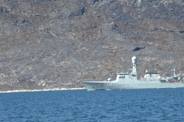 2013-06-16-1339_-_helikopter_inspektionsskib_skib