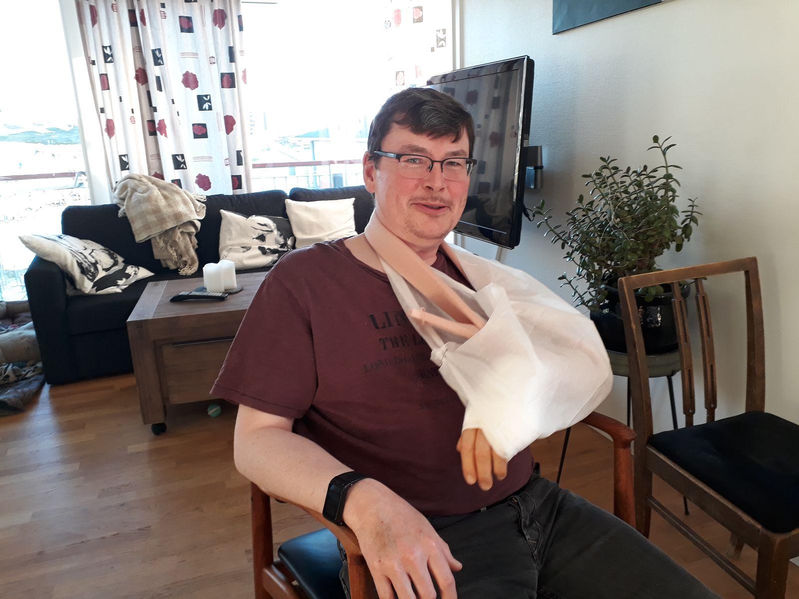 Armen var blokket for operation og begyndte at vågne igen
